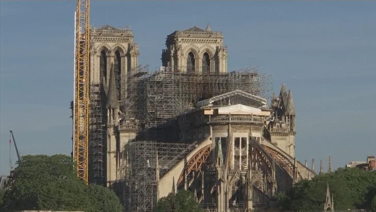 Las obras de Notre Dame siguen paradas por el coronavirus y envueltas en polémica