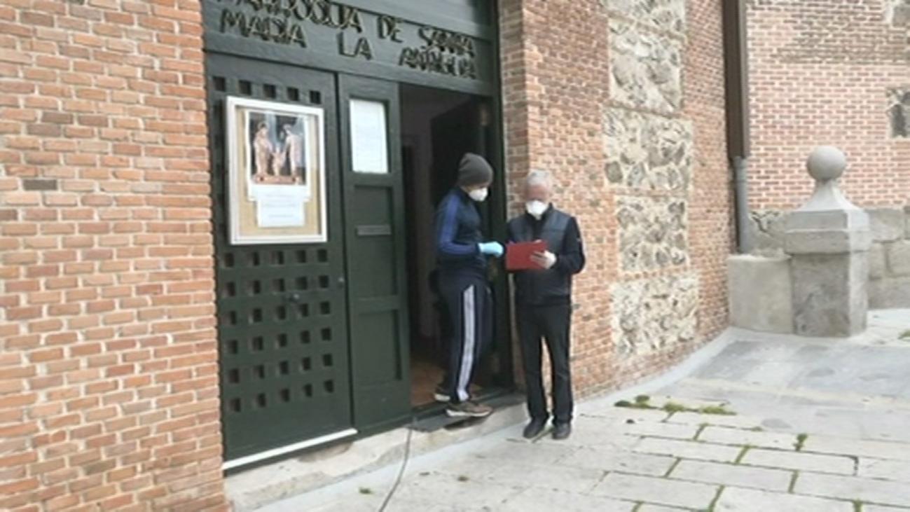 La parroquia más antigua de Vicálvaro colabora con los más necesitados