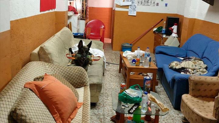 La Policía local de Getafe desmantela un fumadero de drogas y denuncia a seis jóvenes