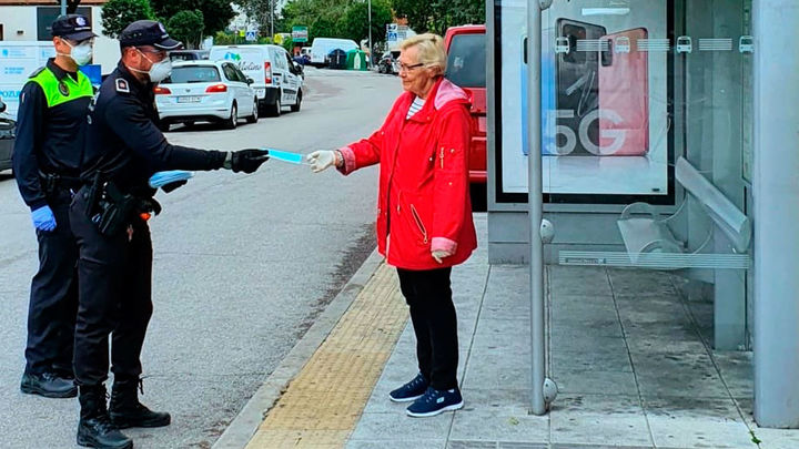 """La alcaldesa de Pozuelo aboga por permitir salir a los mayores """"una horita"""""""