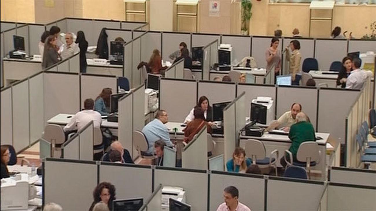 Hacienda refuerza la presentación telefónica de la renta ante el cierre de oficinas