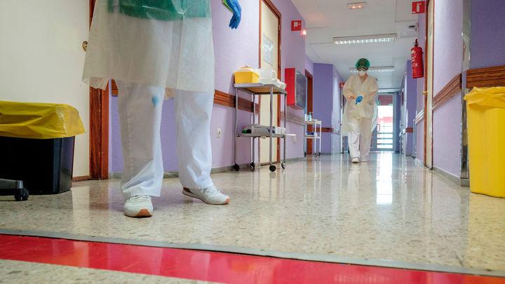 España registra  378 fallecimientos por coronavirus, 11 más  que ayer