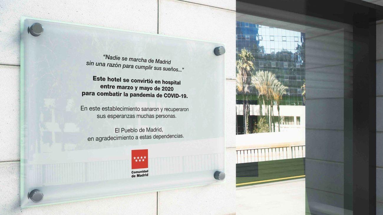 Una placa para los hoteles que alojaron pacientes o sanitarios por el Covid-19