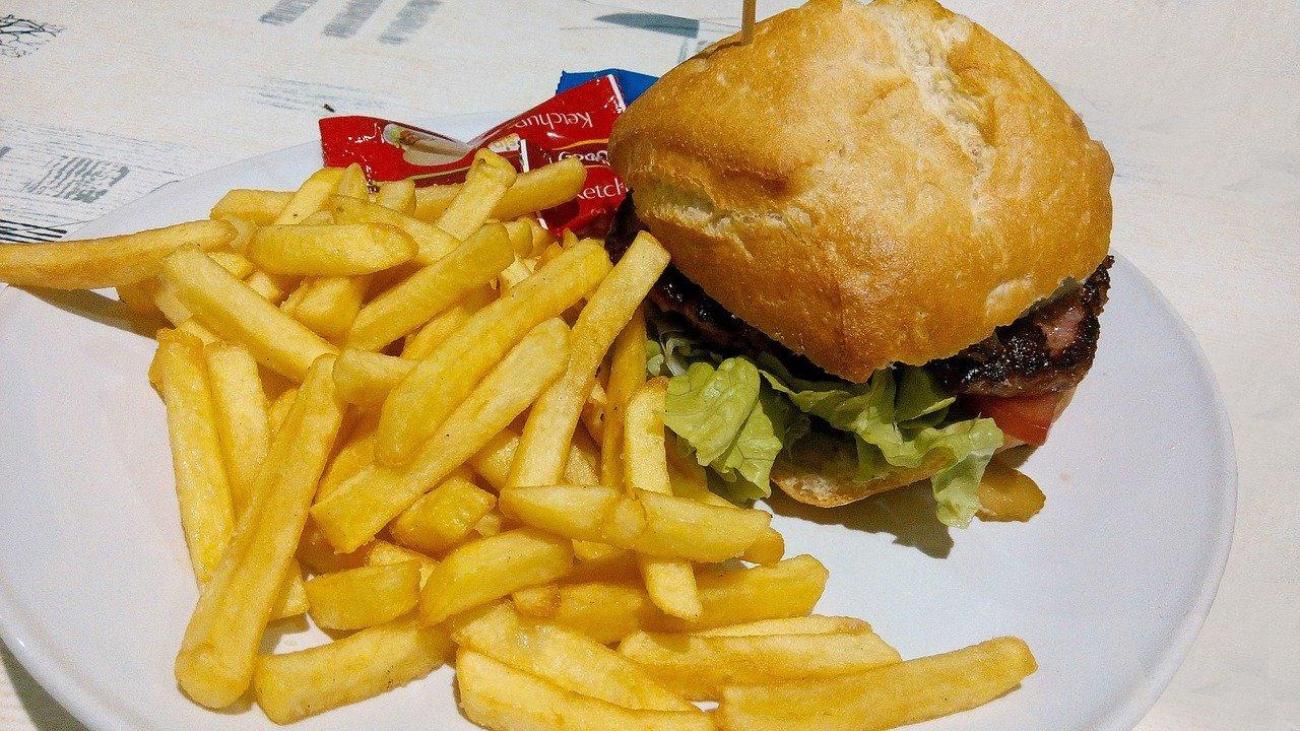 Consejos para acabar con la 'ansiedad alimenticia' esta cuarentena