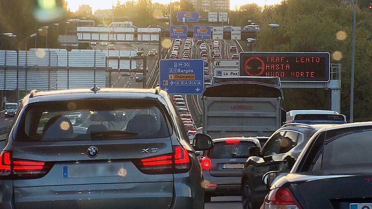 El 20% de los usuarios de transporte público de desplazarán en coche después del confinamiento