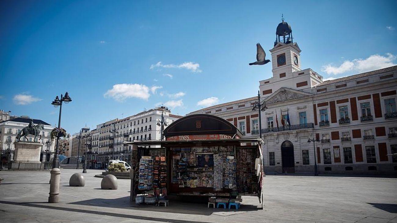 La Puerta del Sol, vacía por el coronavirus