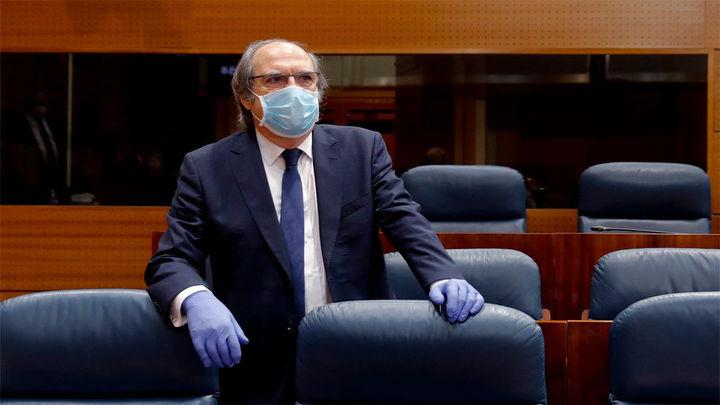 El PSOE pide a Ayuso el cese de su consejero de Sanidad, Ruiz Escudero