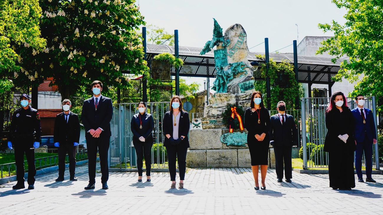 Móstoles celebra un breve y austero homenaje a sus alcaldes y héroes de 1808