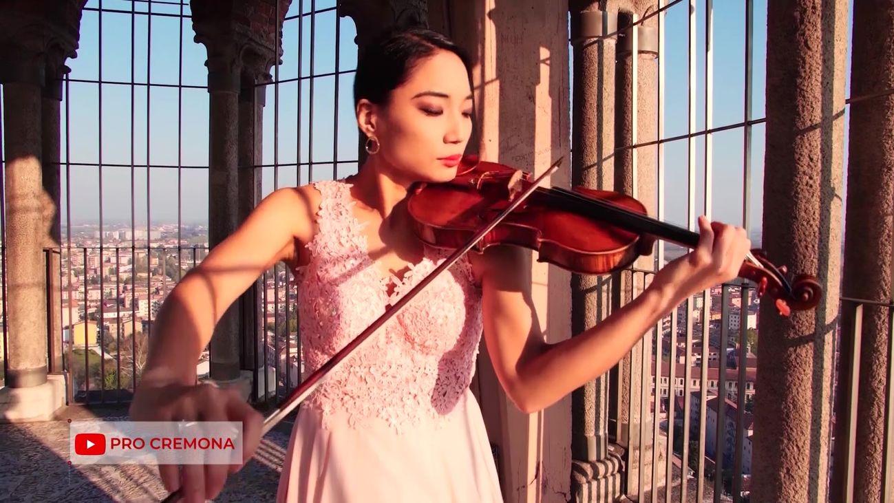 Música en directo en el silencio de Cremona