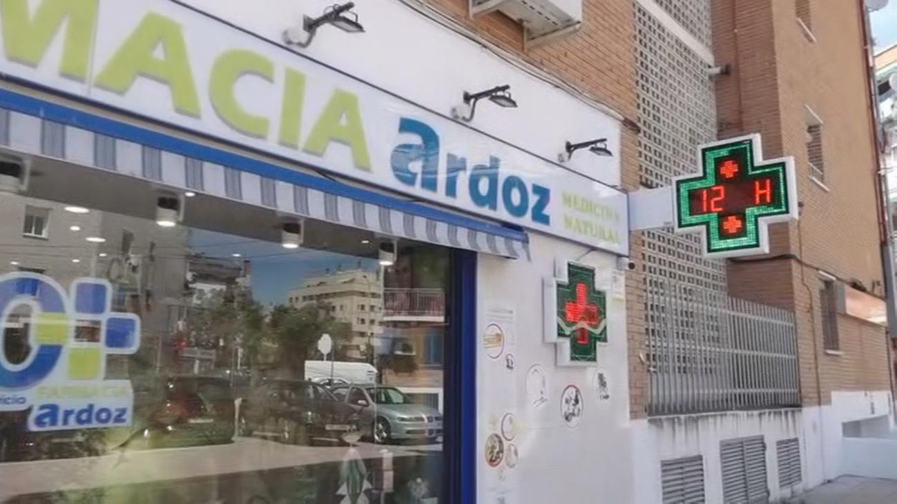 Así robaba, cuchillo en mano, en farmacias de Torrejón de Ardoz