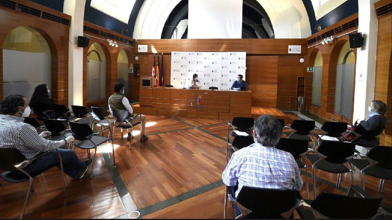 Reunión en el Ayuntamiento de Pozuelo de Alarcón