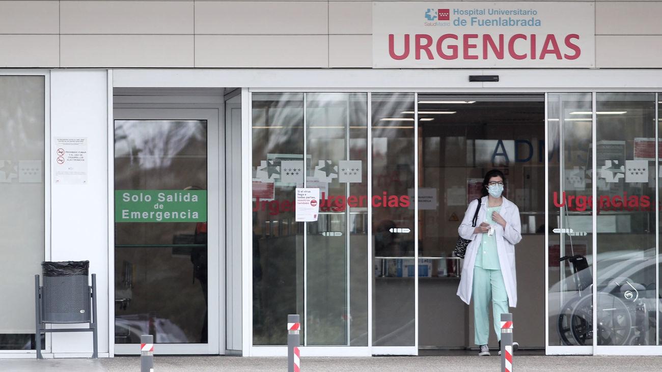 """El presidente de los médicos de Madrid ve """"absurdas"""" las nuevas restricciones"""