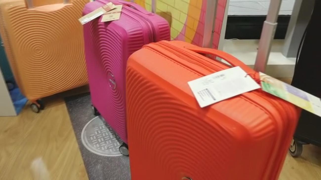 Maletas, bolsos y complementos a precios de chollo en Móstoles