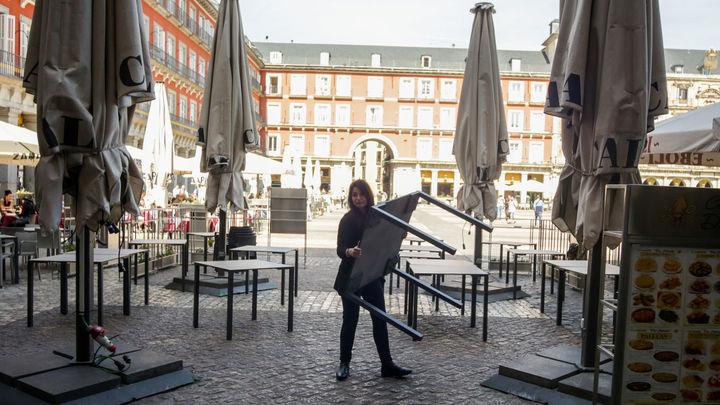 Las terrazas de Madrid podrán abrir más horas, poner música y ocupar plazas de aparcamiento