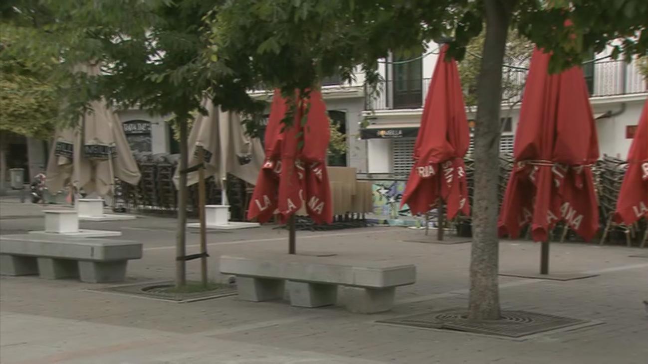 Jarra de agua fría a la hostelería madrileña que deberá esperar otras dos semanas para poder abrir