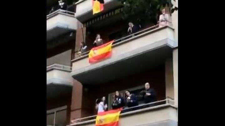 La Policía interviene en una improvisada fiesta en Núñez de Balboa, que coincidió con una cacerolada contra el Gobierno