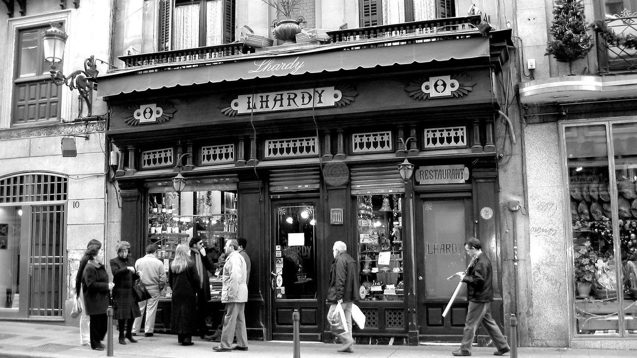 Entrada del restaurante LHardy en Madrid