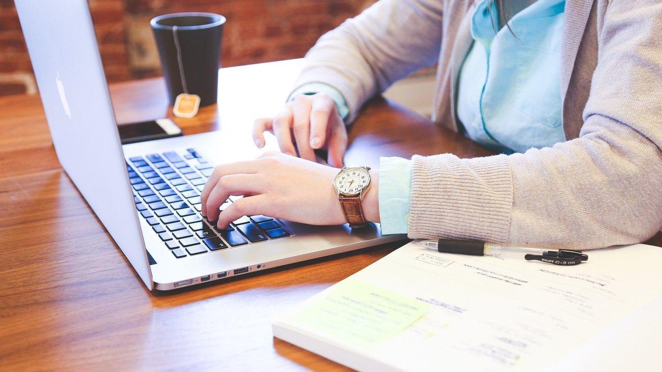 Siete de cada 10 trabajadores quiere dejar de teletrabajar y volver a la oficina