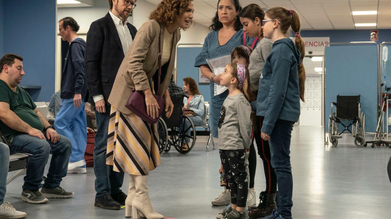Toni Acosta en el rodaje de 'Padre no hay más que uno'