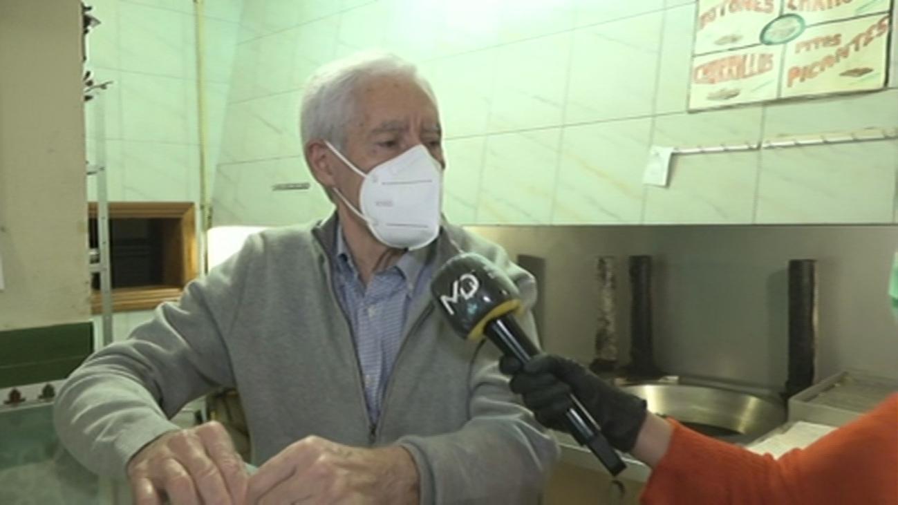 La freiduría de gallinejas de Embajadores vive su San Isidro más triste