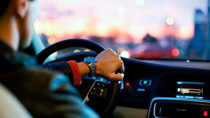 Mascarillas obligatorias y desinfección con ozono para el uso del coche compartido