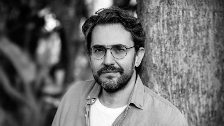 """Máximo Huerta reivindica """"el derecho a ser uno mismo"""" en su última novela"""