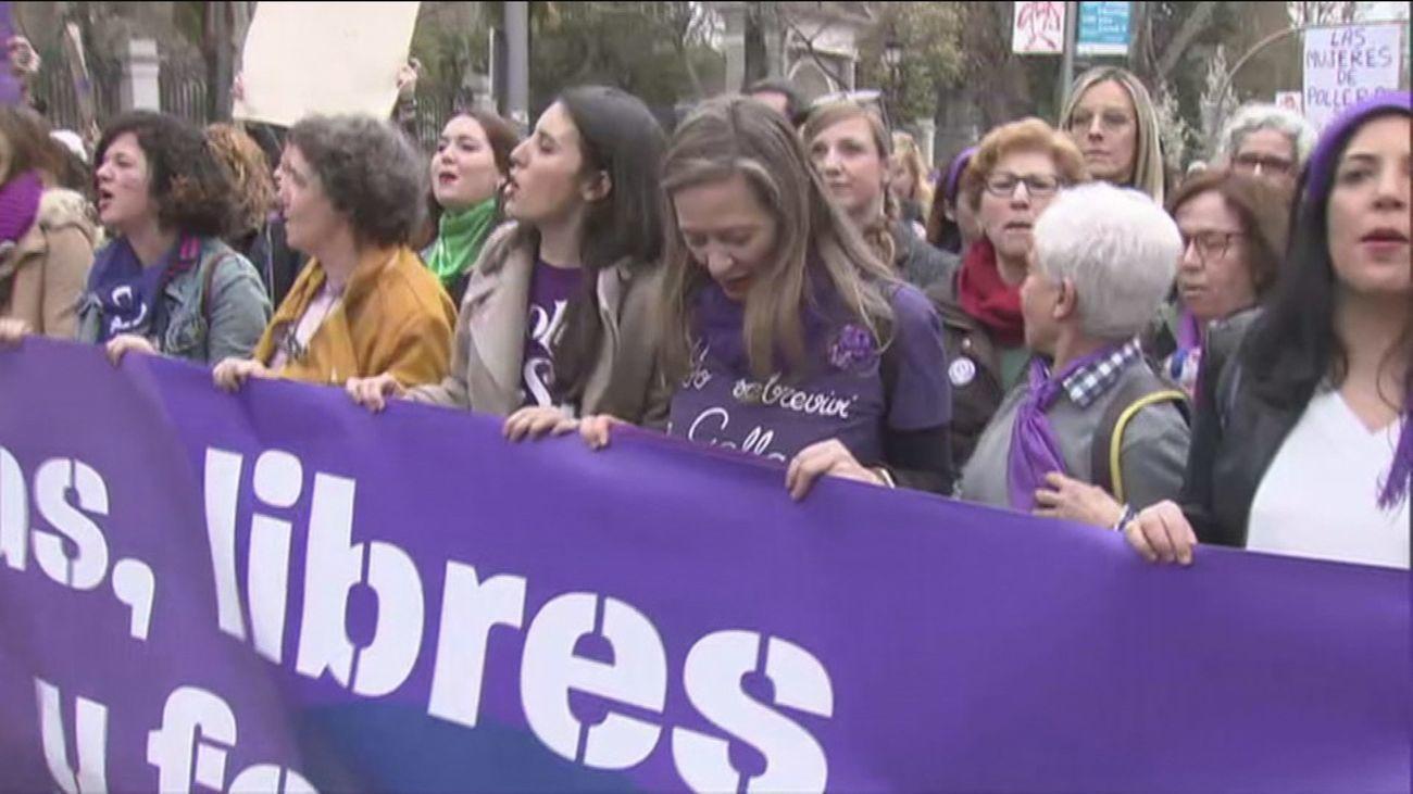 Casi 700.000 personas se manifestaron el 8M en toda España