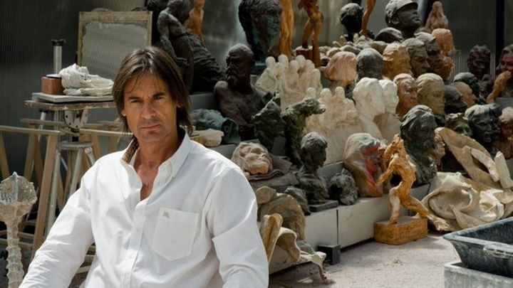 "Víctor Ochoa ""Cada escultura te roba un poco de alma"""