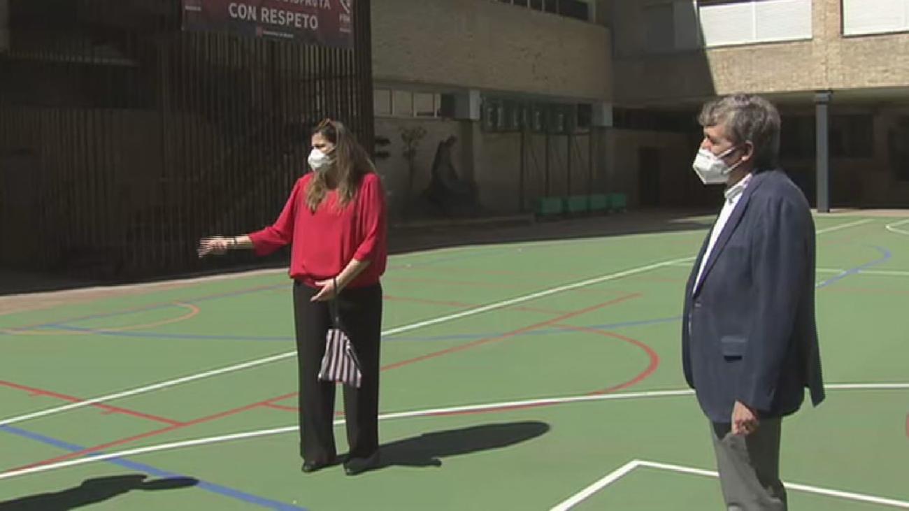 Punto de encuentro en un colegio de Madrid para unir empresas y clientes