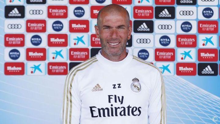 """Zidane: """"Los jugadores quieren acabar fuerte para ganar algún título"""""""