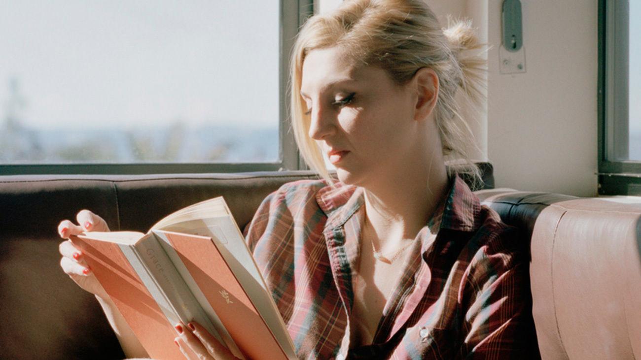La 79 edición de la Feria del Libro de Madrid reivindica a la mujer lectora