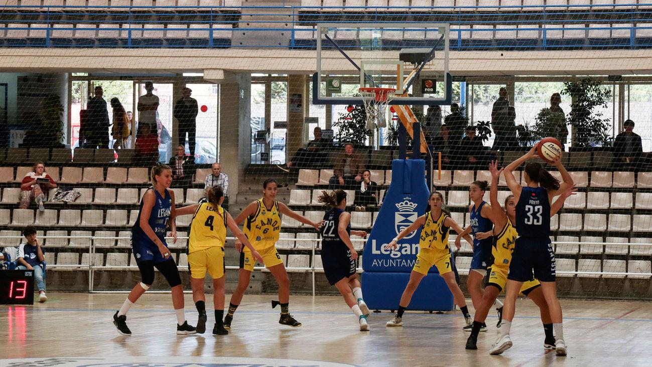 Partido de baloncesto femenino en Leganés