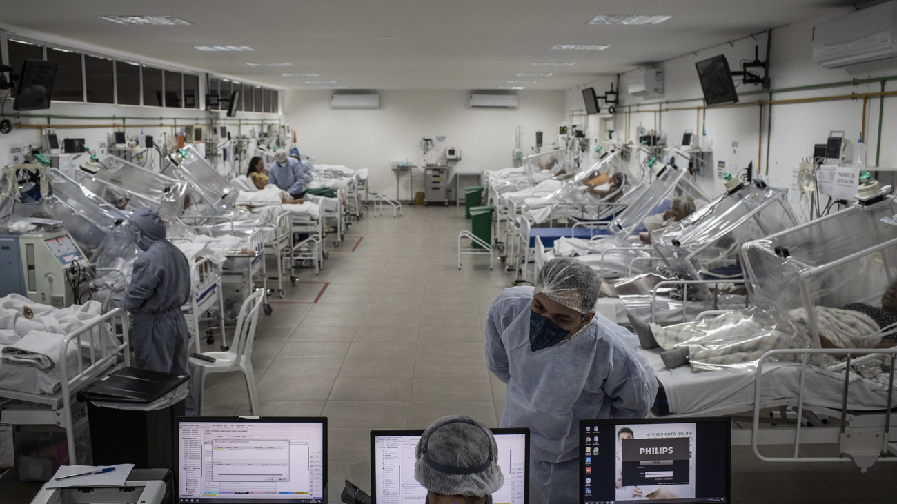 La pandemia supera  los cinco millones de contagios y las 328.000 muertes