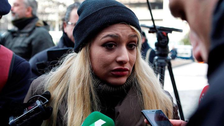 La Fiscalía pide prisión para Melisa Domínguez, portavoz de Hogar Social, por una protesta ante la sede del PSOE