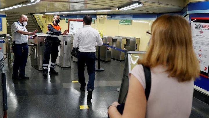 Metro de Madrid ve aumentar la afluencia de viajeros con la entrada a la fase 1