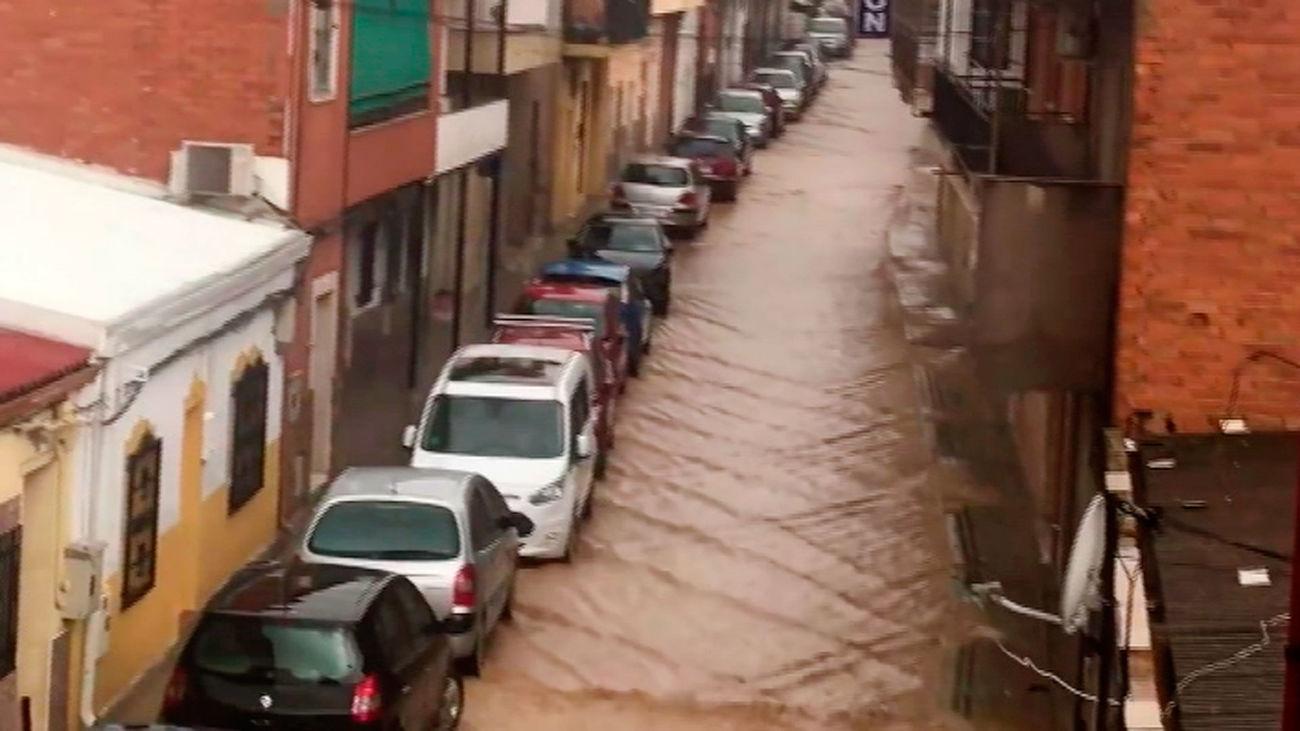 Así han quedado las calles de Coslada tras la fuerte tormenta que ha caído en la Comunidad de Madrid