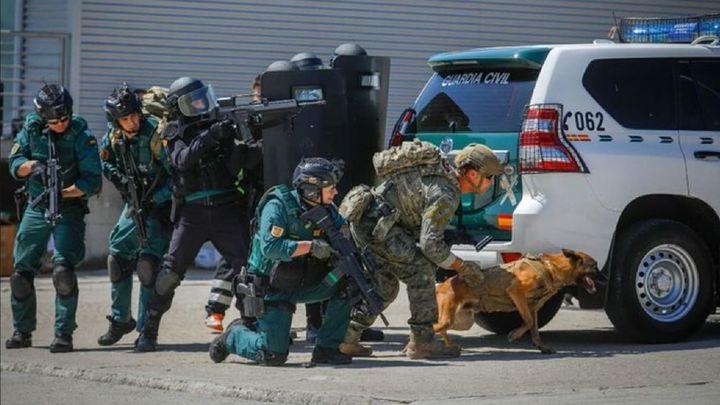 Caen dos bandas que robaban tiendas y naves en diez municipios de Madrid durante el estado de alarma