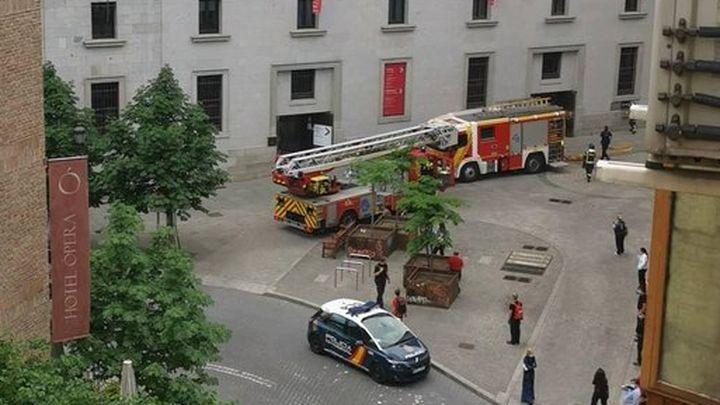 Susto en el centro de Madrid por un pequeño incendio en el Teatro Real