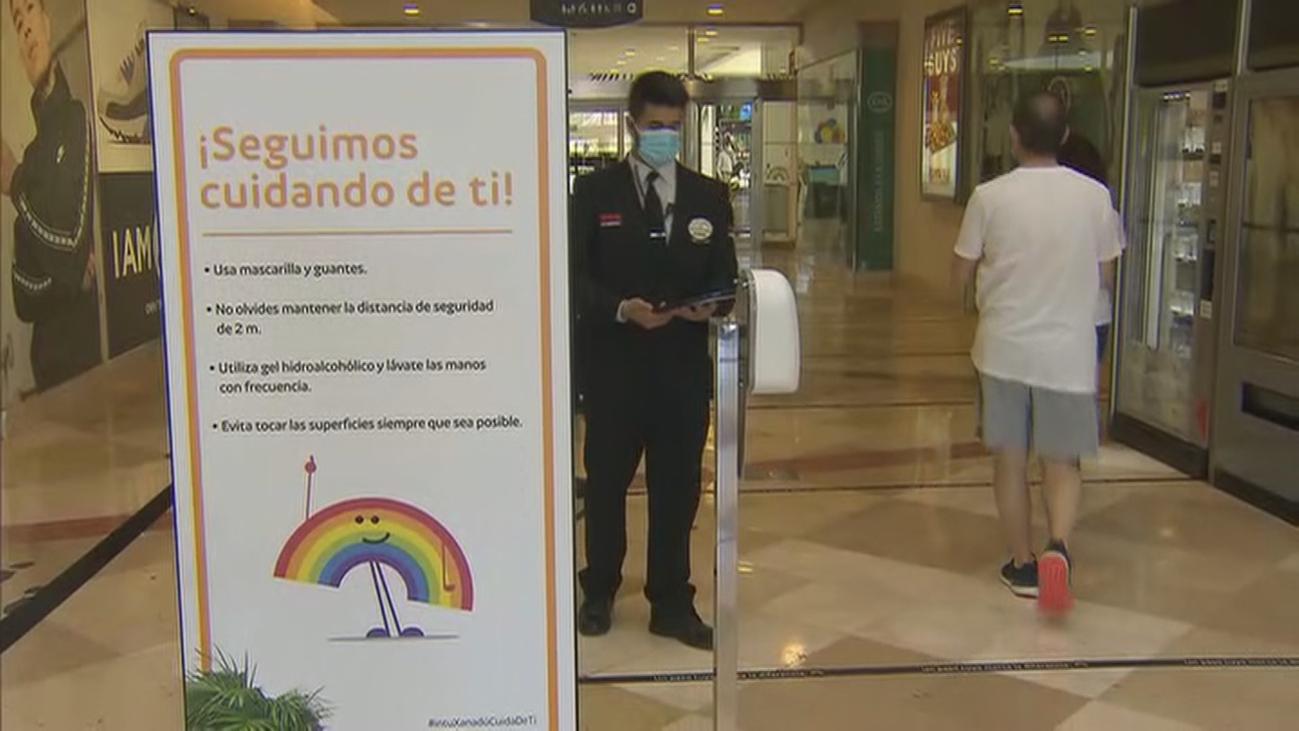 Los centros comerciales de Madrid se preparan para reabrir con el 40% de aforo