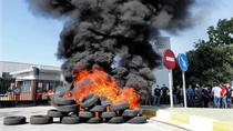 """Los trabajadores acusan a Nissan de """"dejar morir"""" Barcelona y anuncian  lucha contra el cierre"""