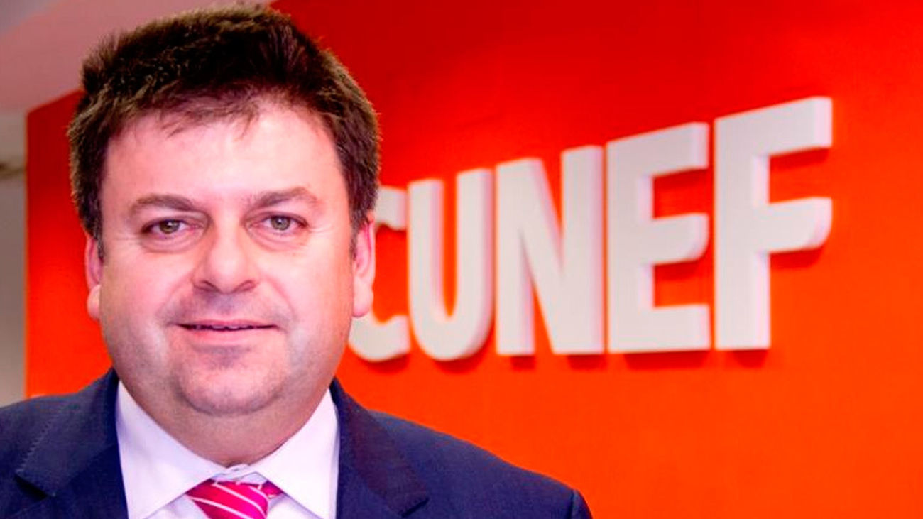 SANTIAGO CARBÓ, catedrático de economía de Cunef  y director de estudios  Financieros de FIncas