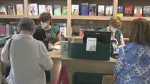 La Casa del Libro reabre sus puertas con la firma de autores conocidos