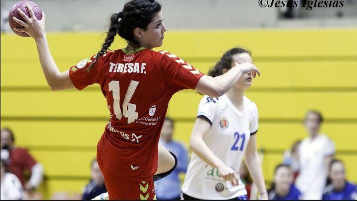 Teresa Francés, de la pista de balonmano a enfermera en La Paz