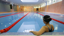 Las piscinas y polideportivos al aire libre podrán abrir a partir de este lunescon el 30% de su aforo