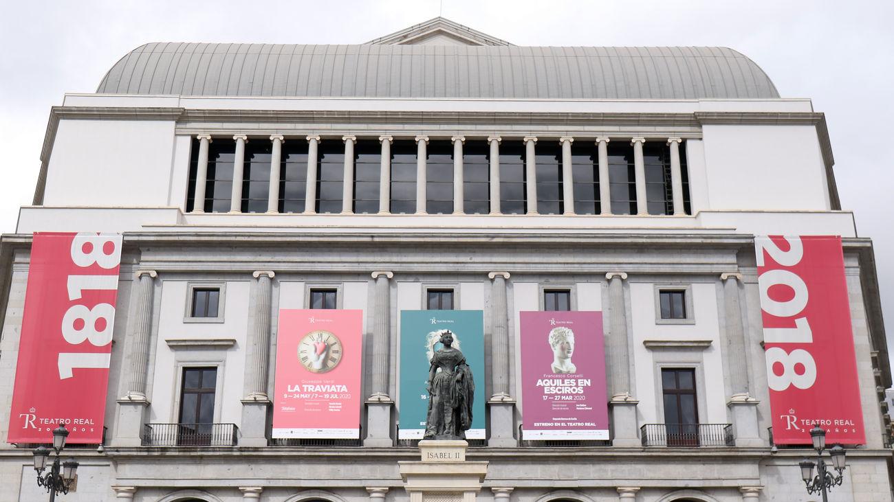 Fachada del Teatro Real