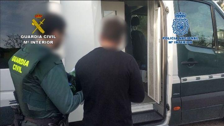 Detenido por vender drogas a menores de edad en un parque en Tielmes