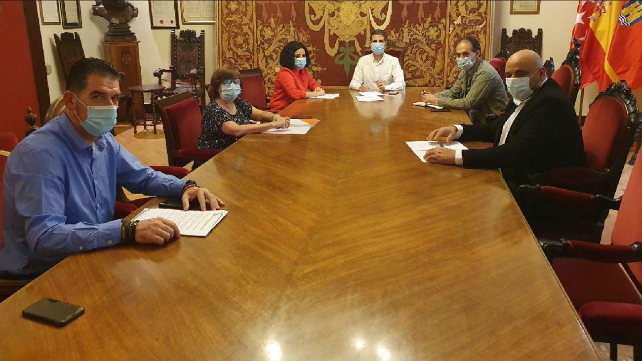 Reunión del Ayuntamiento de Alacalá