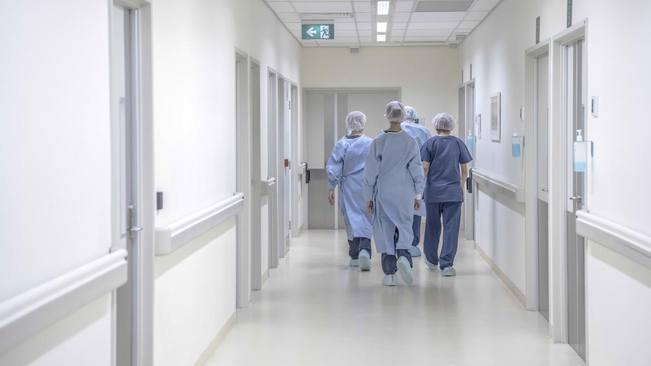 Una sanitaria de Sevilla narra su mala experiencia cuando ayudó en Madrid con el Covid 19