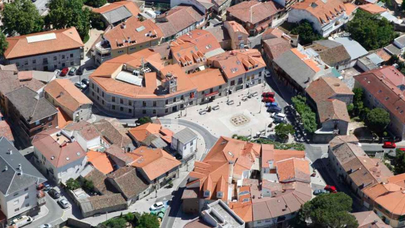 Moralzarzal peatonaliza el casco histórico para permitir los paseos seguros