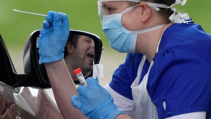 Las pruebas PCR se ampliarán a contactos directos de infectados por covid-19